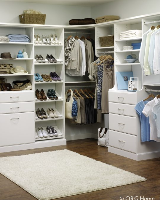 How to Tame the Chaos in Your Closet
